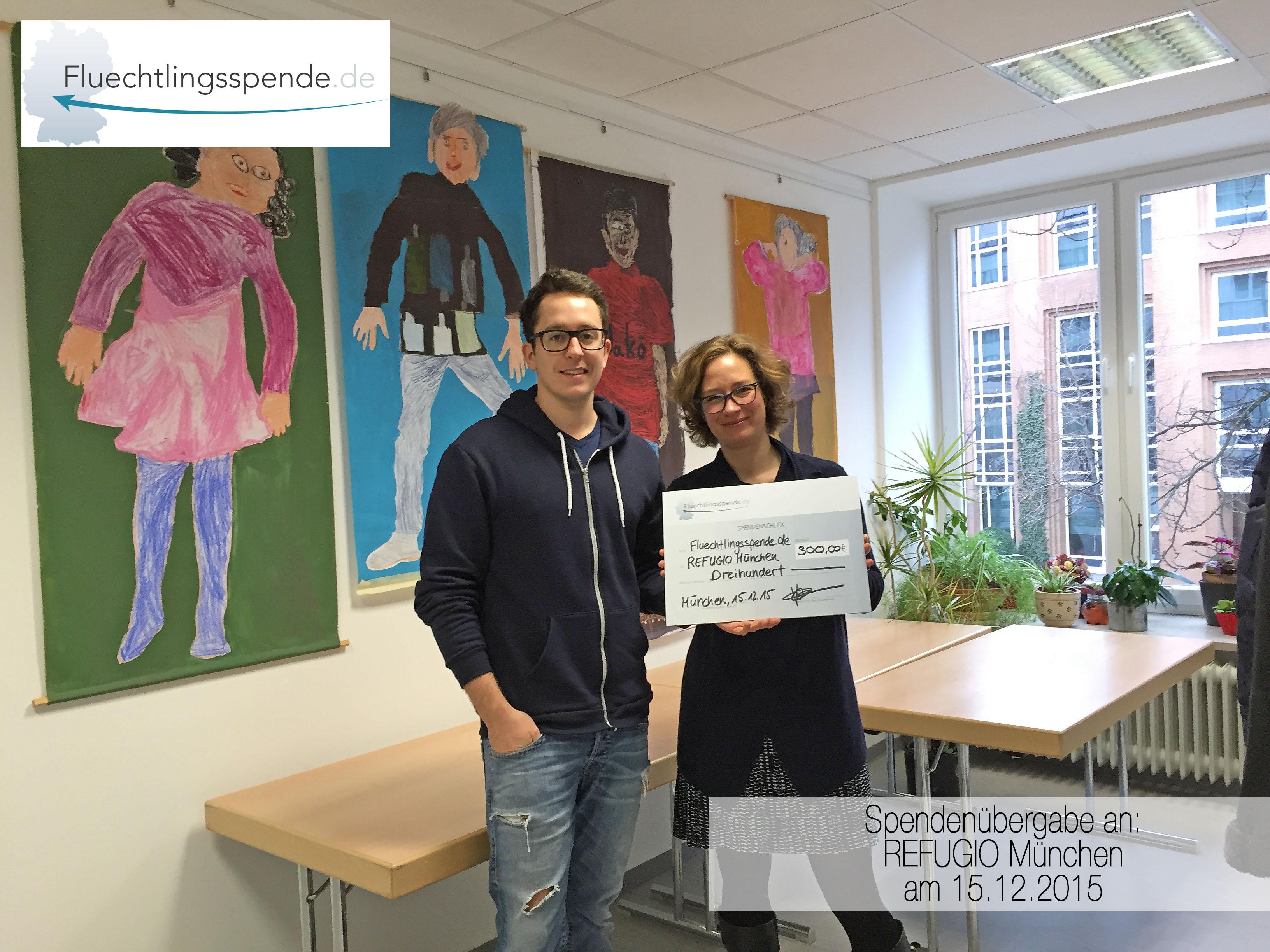 Spendenübergabe an REFUGIO München am 15.12.2015